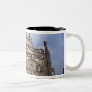カイロ、2の砦のモハメッドアリのモスク ツートーンマグカップ