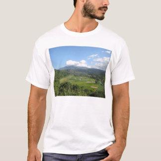 カウアイ島のタロイモの農場 Tシャツ