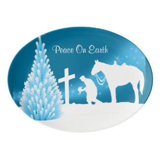 カウボーイの冬場面を祈る西部のクリスマス 磁器大皿
