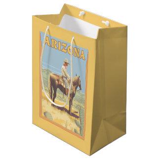 カウボーイ(側面図)アリゾナ ミディアムペーパーバッグ