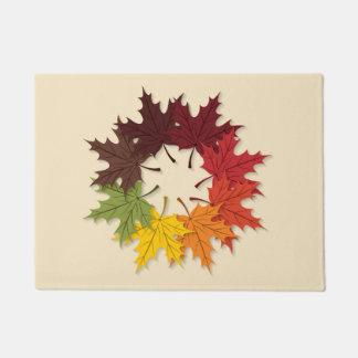 カエデの葉の円 ドアマット