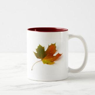 カエデの葉 ツートーンマグカップ
