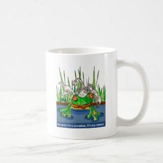 カエルおよび蠍 コーヒーマグカップ