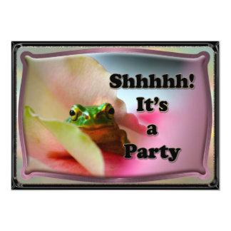 カエルの隠れるびっくりパーティの招待 カード