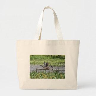 カササギのガチョウクイーンズランドオーストラリア芸術の効果 ラージトートバッグ