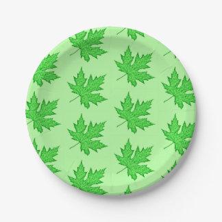 カシの葉-緑の色合い ペーパープレート