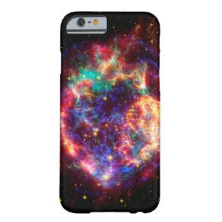 カシオペア座、銀河の最も若い超新星 BARELY THERE iPhone 6 ケース