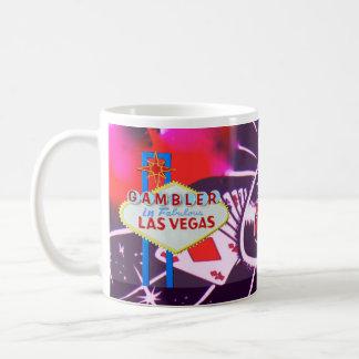 カジノのサイコロおよびルーレットが付いているラスベガスの印 コーヒーマグカップ