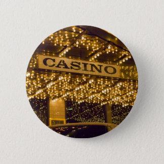 カジノ明るいライトラスベガスの賭博のお金 5.7CM 丸型バッジ