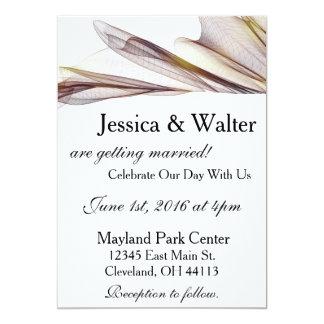 カジュアルなブラウンの薄い生地の結婚式招待状 カード