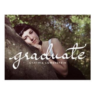 カジュアルな上品の卒業生の白いタイポグラフィの写真 ポストカード
