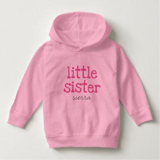 カスタマイズピンクの文字の妹のプルオーバーのフード付きスウェットシャツ パーカ