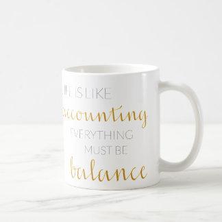 カスタマイズ可能なアルファベットの会計士のためのギフトのマグ コーヒーマグカップ