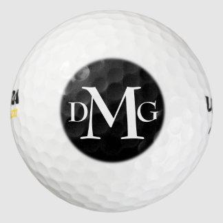 カスタマイズ可能なモノグラムの白いはっきりしたな文字のイニシャル ゴルフボール