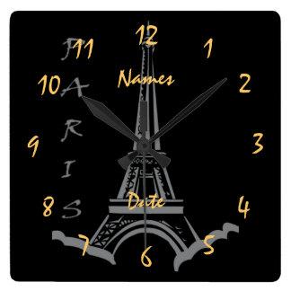 カスタマイズ可能な結婚記念日の婚約 スクエア壁時計