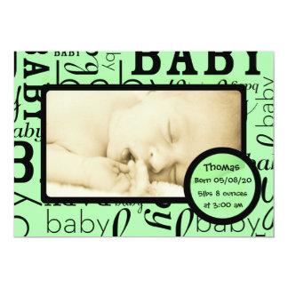 カスタマイズ可能な緑のベビーの写真の発表 カード