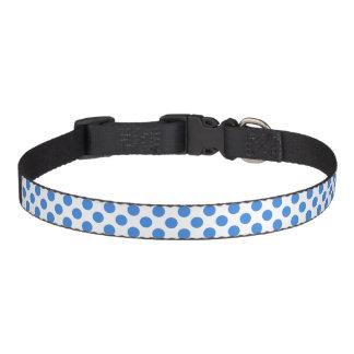 カスタマイズ可能な背景が付いている青い水玉模様 ペット首輪