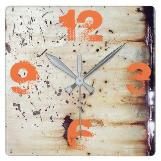 カスタマイズ可能な錆つかせたホワイトメタル スクエア壁時計