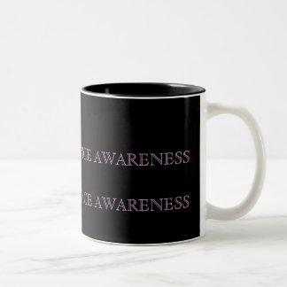 カスタマイズ家庭内暴力のマグ- ツートーンマグカップ
