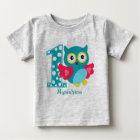 カスタマイズ最初誕生日のフクロウのベビーのTシャツ ベビーTシャツ