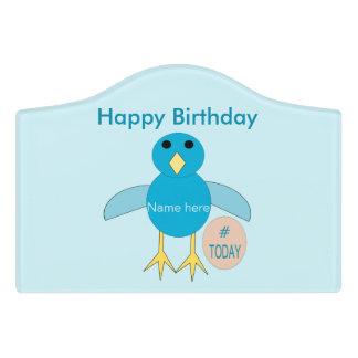 カスタムで青い誕生日の男の子のひよこ部屋の印 ドアサイン