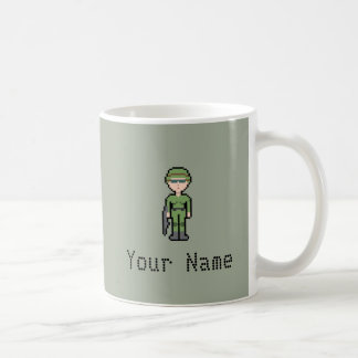カスタムなピクセル女性兵士 コーヒーマグカップ