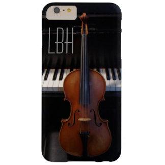 カスタムなモノグラムが付いているバイオリンそしてピアノキーボード iPhone 6 PLUS ベアリーゼアケース