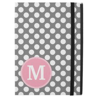 """カスタムなモノグラムが付いているパステル調のピンク及び灰色の水玉模様 iPad PRO 12.9"""" ケース"""