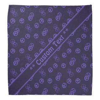 カスタムな文字が付いている紫色のピースサインパターン バンダナ