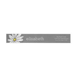 カスタムな文字を持つ黄色および灰色のお洒落なデイジー ラップアラウンド返信用宛名ラベル