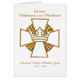 カスタムな日付、一流の司祭の聖職授与式のお祝い カード
