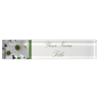カスタムな机の名札の白い花のデイジー デスクネームプレート