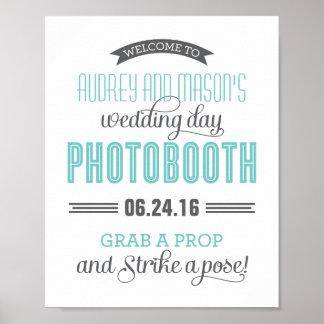 カスタムな結婚式の写真ブースの印|の水のブルーグレー ポスター