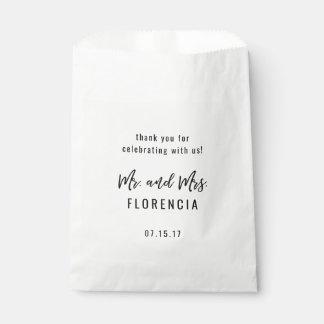 カスタムな結婚式の引き出物Goodieは氏夫人を袋に入れますScript フェイバーバッグ