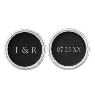 カスタムな結婚式の日付およびイニシャルの袖口 カフボタン