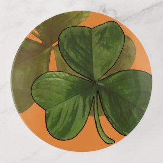 カスタムな色の緑のシャムロックのデザイン トリンケットトレー