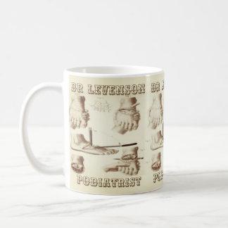 カスタムなPodiatristのヴィンテージ コーヒーマグカップ