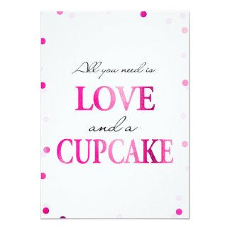 カップケーキのブライダルシャワーの印|のピンクのマゼンタの紙吹雪 カード