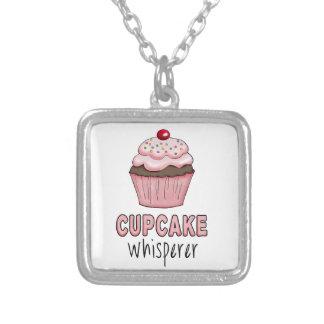 カップケーキの囁くもの シルバープレートネックレス