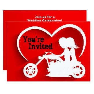 カップルの乗馬のオートバイ、ハートの結婚式招待状 8.9 X 12.7 インビテーションカード