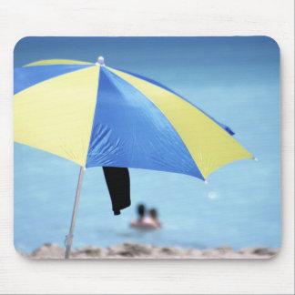 カップルの水泳、南Miami Beach、フロリダ マウスパッド