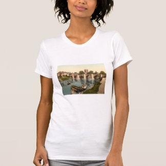 カテドラルおよびY字状回路橋、Hereford、Herefordshire Tシャツ