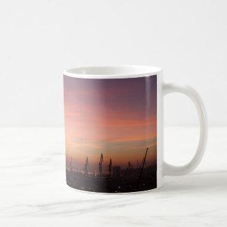 カディス上の日の出 コーヒーマグカップ