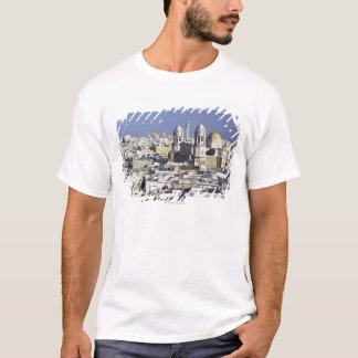 カディス、スペインの都市景観 Tシャツ
