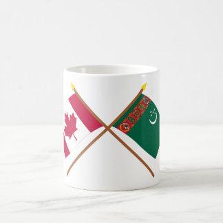 カナダおよびタキマンニスタンによって交差させる旗 コーヒーマグカップ