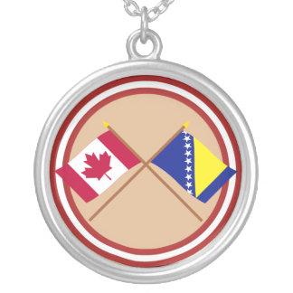 カナダおよびボスニア及びヘルツェゴビナによって交差させる旗 シルバープレートネックレス