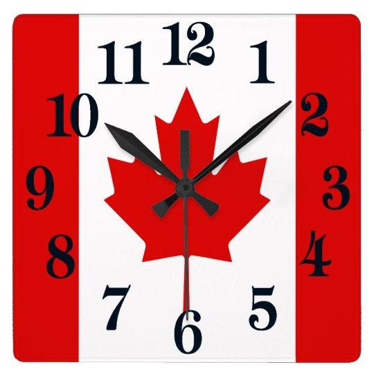 カナダのカエデの葉の旗 スクエア壁時計
