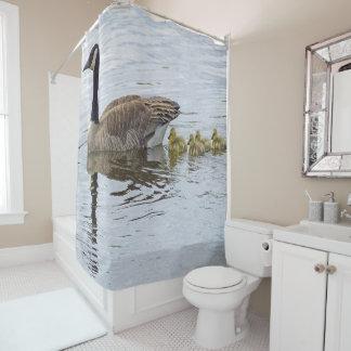 カナダのガチョウおよびがちょうの子 シャワーカーテン