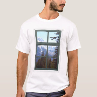カナダのロッキー山脈の模造のな窓の眺め Tシャツ