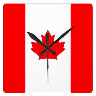 カナダの旗が付いている柱時計 スクエア壁時計